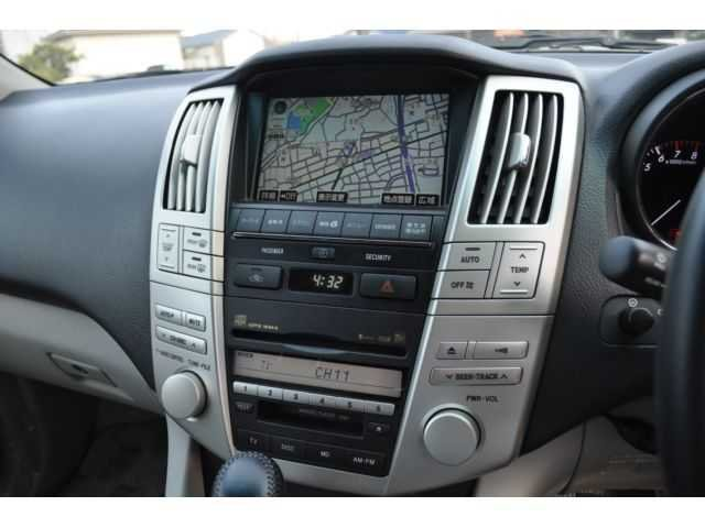 PERBAIKAN DASHBOARD TOYOTA HARRIER